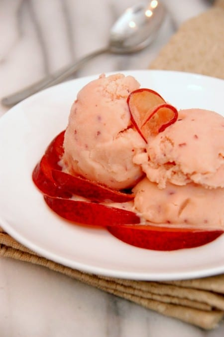 plum-and-muscat-gelato-recipes
