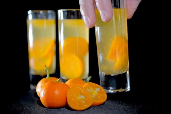 Refreshing Kalamansi Lime Cocktail Recipe or Calamondin Oranges that's fruity made with Gin or Vodka | @whiteonrice