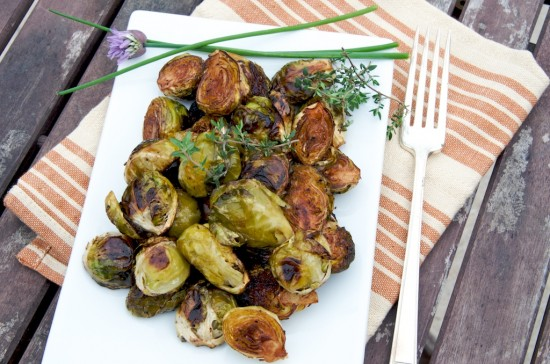 roasted Brussels sprouts recipe with balsamic vinegar | whiteonricecouple.com