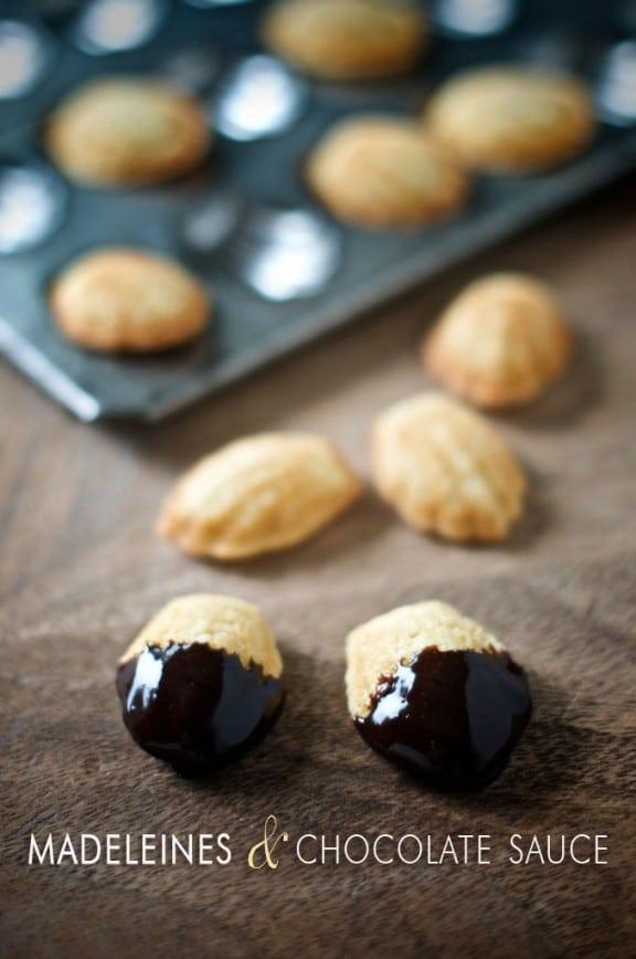 madeleines-chocolate-sauce