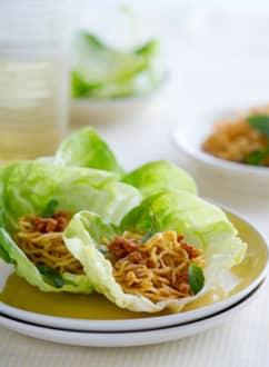 Spicy pork lettuce cups recipe or lettuce wraps recipe | @whiteonrice