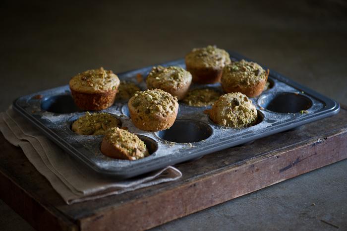 Pistachio Olive Oil Mini Tea Cakes – White on Rice Couple