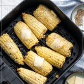 Receta de la freidora de maíz en la mazorca |  WhiteOnRiceCouple.com