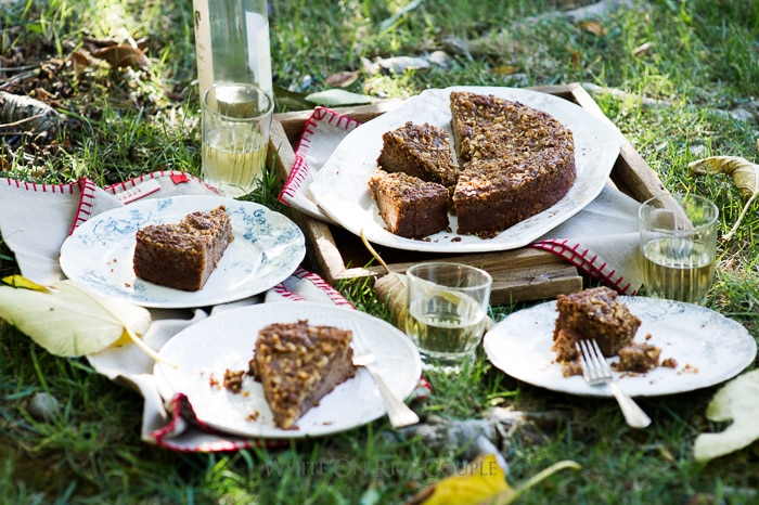 Apple coffee cake recipe @whiteonrice