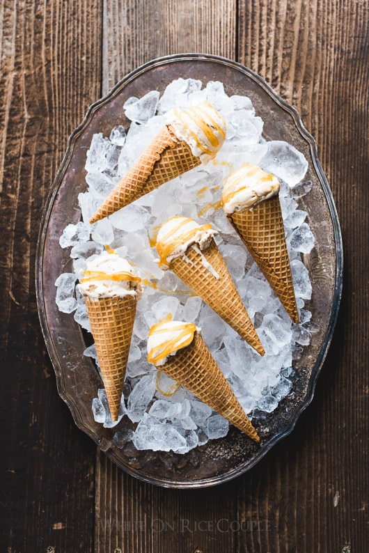 Easy Caramel Macchiato Ice Cream Recipe : No Churn and just 5 ingredients | @whiteonrice