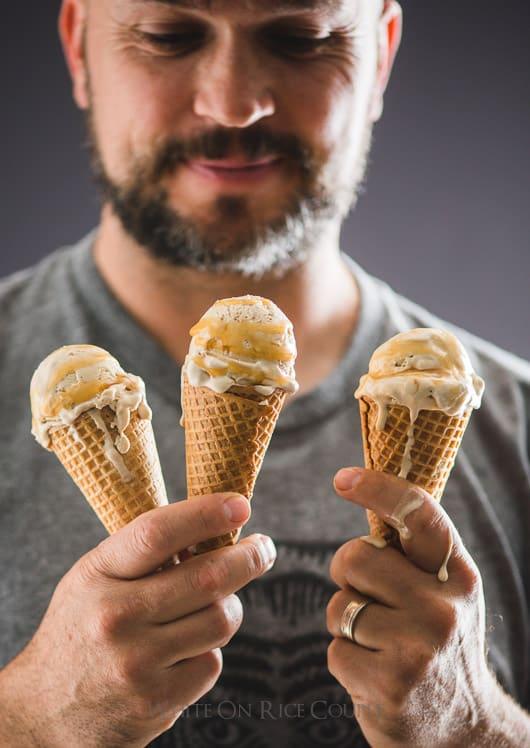 Easy Caramel Macchiato Ice Cream Recipe : No Churn and just 5 ingredients | @whiteonrice