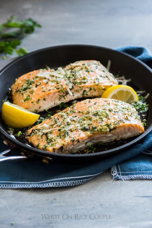 Healthy Garlic Parmesan Salmon in a skillet
