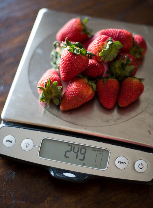 OXO kitchen scale on @whiteonrice