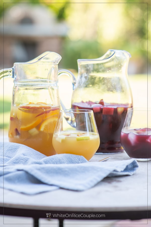 Sangria Recipe with Red Sangria or White Sangria in glasses