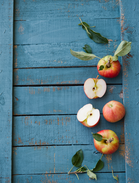 Apple galette recipe with brown butter   WhiteOnRiceCouple.com