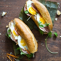 "Hardcore Vietnamese Bánh Mì- The ""Bang Me""' Fried Egg Recipe 