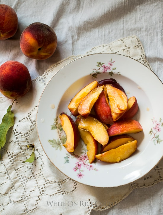 Best Peach Recipes for Summer Peaches | @whiteonrice