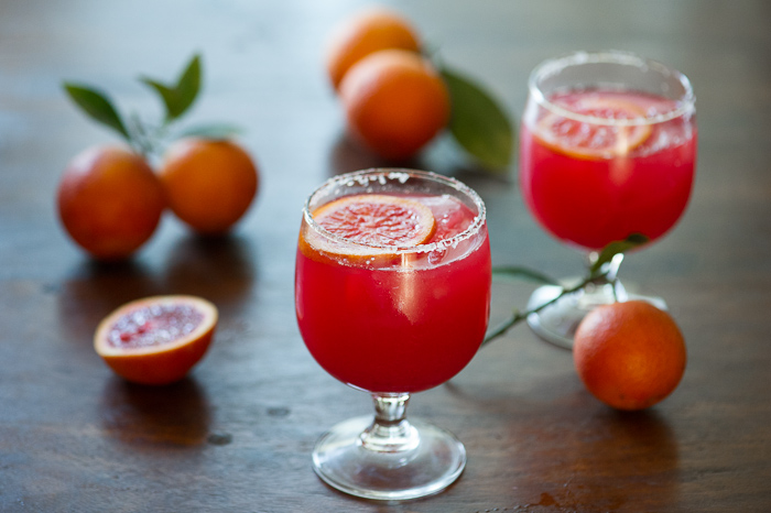 Refreshing Blood Orange Margarita Recipe via @whiteonrice