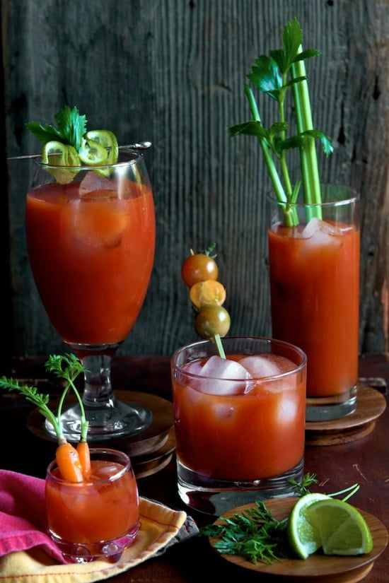 Great Sriracha Bloody Mary Recipe for Brunch and Everyday | @whiteonrice