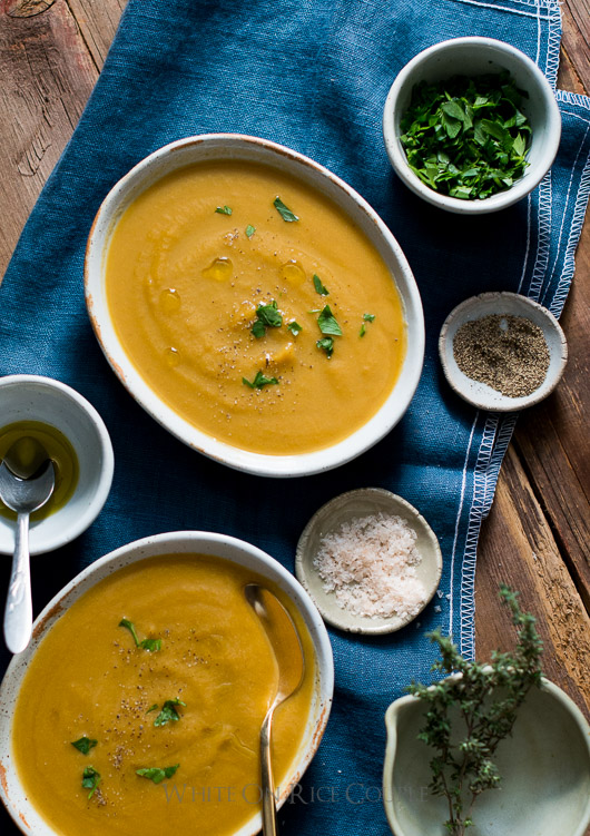 Butternut squash soup recipe thats easy and quick with truffle oil butternut squash soup recipe with a touch of truffle oil is divine via whiteonrice forumfinder Images