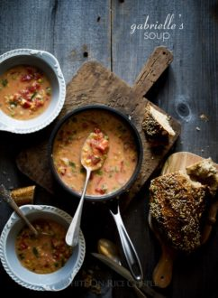 Quick, Easy Creamed Corn and Tomato Soup Recipe | @whiteonrice