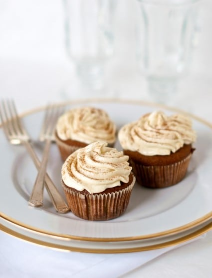 gingerbread cupcakes recipe on a plate