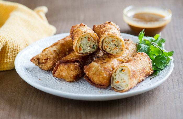 crispy chicken spring rolls