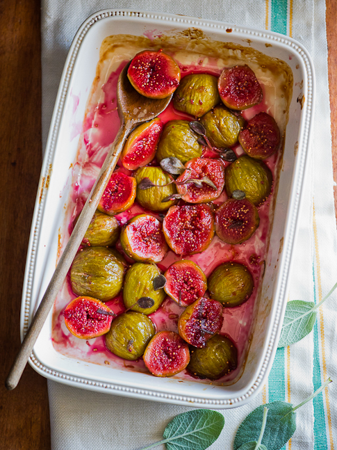 Roasted Figs Recipe with Sage and Red Wine