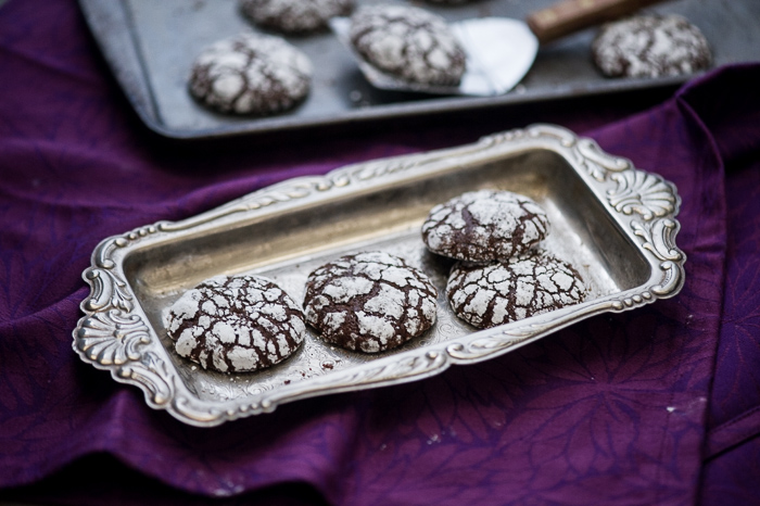 Ginger Molasses Dark Chocolate Crinkle Cookies