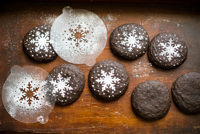 Christmas Gingerbread Gingersnap Cookies for Santa on @whiteonrice