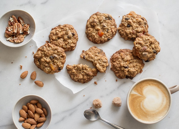 Granola cookies recipe with oats by WhiteOnRiceCouple.com