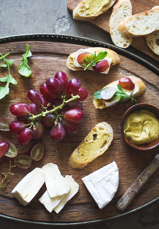 Easy appetizer recipe: Grape, Brie & Arugula Bruschetta form @whiteonrice