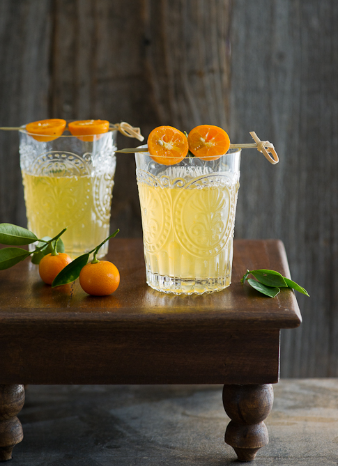 Refreshing Kalamansi Lime (Calamondin Orange) Drink with Lime | @whiteonrice