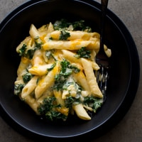 Thumbnail image for One Pot Stovetop Creamy Kale Mac and Cheese