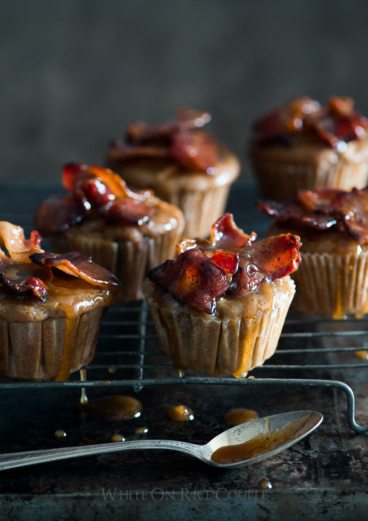 Killer Maple Bacon Apple Muffins Recipe on @whiteonrice