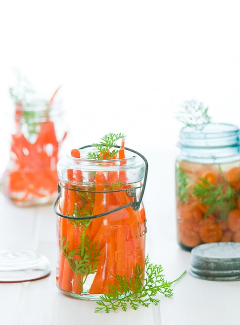 Vietnamese pickled carrots recipe with daikon radish for Vietnamese banh mi | @whiteonrice