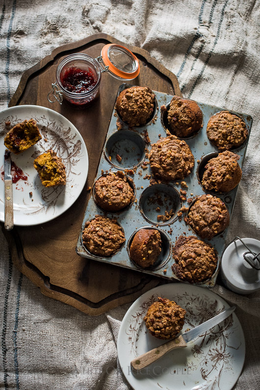 Pumpkin Spice Muffins Recipe With Crumb Topping