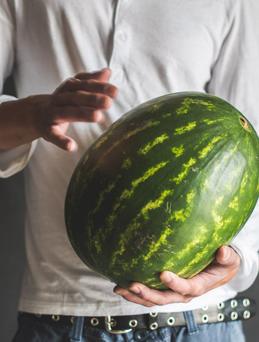 How to Choose a Juicy Ripe Watermelon? Here's some tips