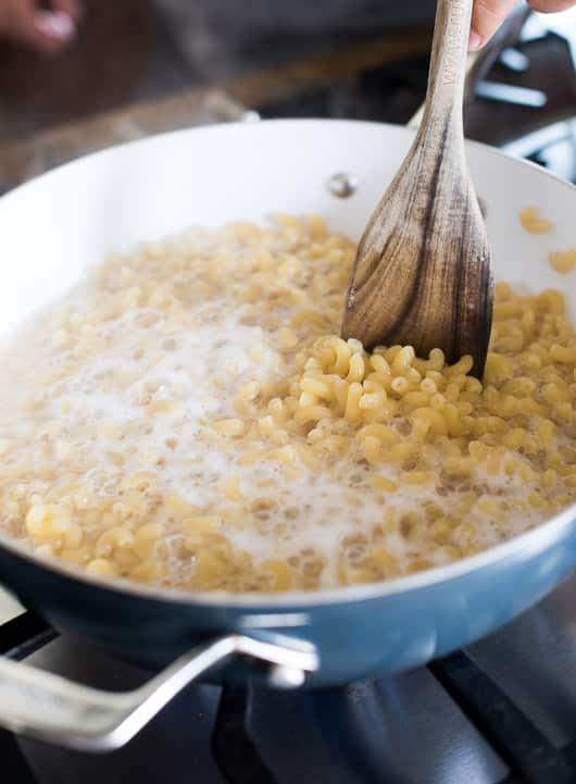 One Pot Cheesy Macaroni Cheese Recipe | White ON Rice Couple