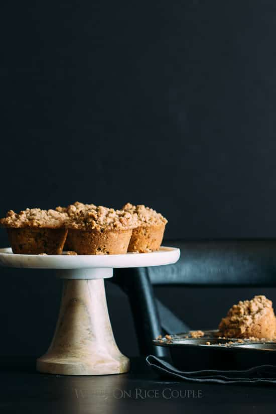 Whole wheat zucchini spice muffins with pecan crumble topping for the best zucchini muffin recipe | @whiteonrice