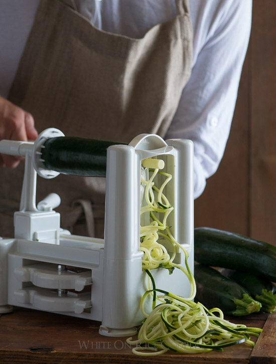 Vegetable spiralizer for healthy zucchini noodles on @whiteonrice